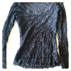 PERFECT slimming lace top